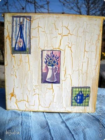 Деревянный мини-комод для украшений, оформленный в технике декупажного шебби-шика фото 5