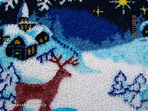 Соскучилась по торцеванию. А сейчас как раз такая благодатная тема - Рождество и Новый год. Ну как можно обойти эту тему? Такую картинку подсмотрела в вышивках. Размер работы 20*30 см.  фото 5