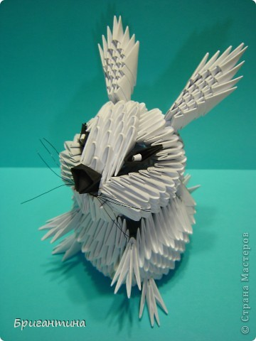 Нашла на японском сайте картинку зайчика, но сделать такого же не вышло. Изменила что-то, что-то добавила. И вот он готов! фото 1