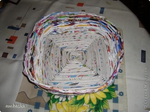 Попробовала сделать плетеночку с крученым квадратным  донышком фото 5