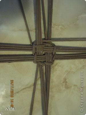 Мастер-класс Плетение Варианты плетения дна корзинки Бумага газетная фото 8