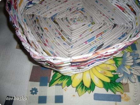 Попробовала сделать плетеночку с крученым квадратным  донышком фото 4