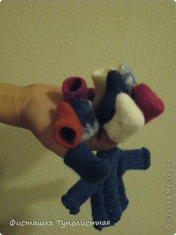Набор теплой одежды для украшения елки - мини валенки и мини свитер