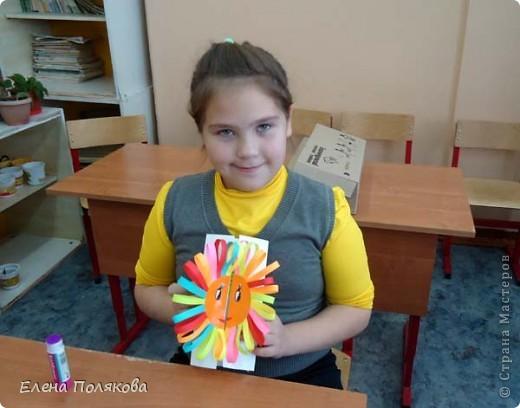 Так понравилась идея с солнышками на дисках Надежды Каликовой, что я решила ее немного переработать и сделать с детьми такие открытки ко Дню Матери. фото 15