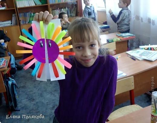Так понравилась идея с солнышками на дисках Надежды Каликовой, что я решила ее немного переработать и сделать с детьми такие открытки ко Дню Матери. фото 14