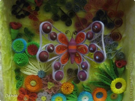 Еще одна мини картина.Бабочку также повторила с сайта paperdv.ru Мне просто там нравятся бабочки,жаль,что нет там М.К., но все же у меня получилась она. фото 2