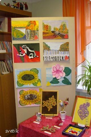"""Сегодня в ЦВР""""Эврика"""" проходила выставка и был  праздничный концерт, посвященный Дню матери. Дети нескольких кружков представили свои работы на выставке. фото 1"""