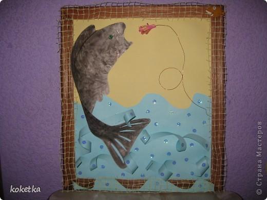Так как у меня папа рыбак, эта картина эму очень понравилась. Идею  я нашла где-то в интернете, только немножко приукрасила. фото 5
