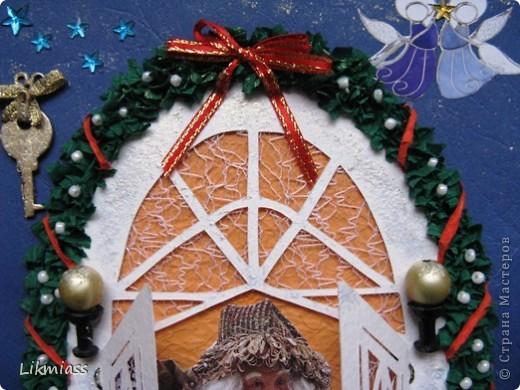 Новый год - самый любимый праздник, он из детства. Не только елка, подарки, Дед Мороз, но и особое чувство предвкушения очередного этапа жизни, который будет полон удивительными событиями, только заверни за этот календарный угол. А мы с вами заглянем в дверь и посмотрим как живет самый главный герой праздника и куда это он собрался. Итак... фото 7