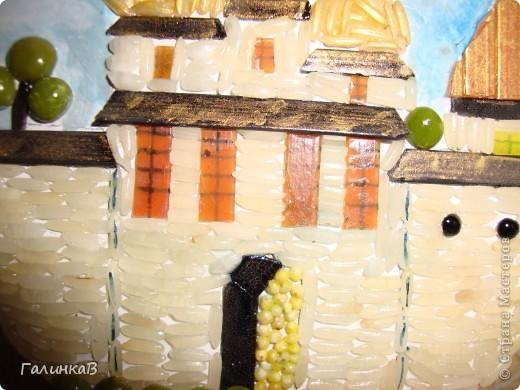 Появились в продаже вот такая смесь из бобовых - находка для создания картин, панно из пищевых продуктов. Подкупила еще черной чечевицы и цветных макарон. Собралась довольно-таки богатая палитра цветов. фото 4