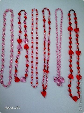 шесть бус с сердечками фото 1