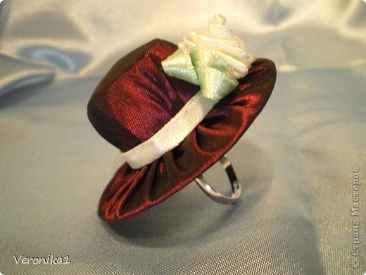 Моя новая шляпка!!!Если кому интересно здесь можно посмотреть как я её делала!!! http://www.liveinternet.ru/users/veronika1/post141931212/  Всем удачи в творчестве!!! фото 3