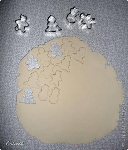 Нарядить елку печеньем!!!! М..ммм как давно я этого ждала. Все очень просто, думаю будет доступно даже для самых маленьких.    фото 2
