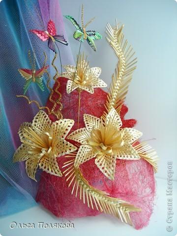 Соломенные бабочки-цветочки.  Ещё одно направление моего соломоплетельного творчества. фото 1