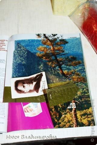 Мастер-класс Новый год Оригами ЕЛКА из ЖУРНАЛА   я ее слепила из того что было Бумага журнальная Бусины Пайетки фото 8