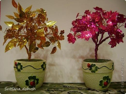 Осінне дерево з золотих паєток на дротиках,загіпсовані в горшок. фото 3