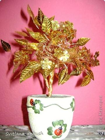 Осінне дерево з золотих паєток на дротиках,загіпсовані в горшок. фото 1