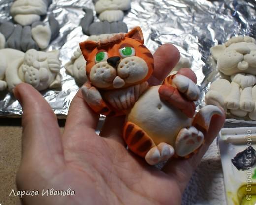 Вот такие симпатичные котята будут жить на холодильниках своих новых хозяев  в будущем году))) фото 17