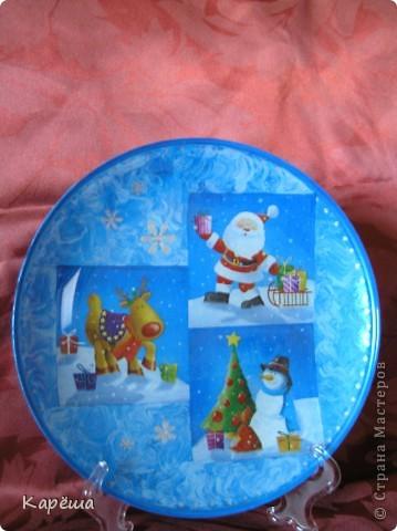 Здравствуйте! Еще пара тарелочек к Новому году с обратным декупажем. фото 1