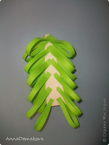 Вот такие елочки мы делали с дошколятами. Детям 5-5,5 лет. фото 11