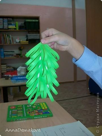 Вот такие елочки мы делали с дошколятами. Детям 5-5,5 лет. фото 15