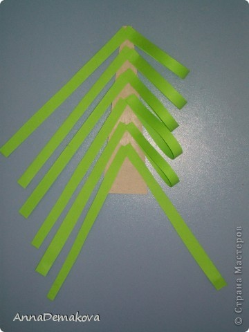 Вот такие елочки мы делали с дошколятами. Детям 5-5,5 лет. фото 6