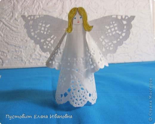 Ангелок из бумажных  кондитерских салфеток :)))  фото 5