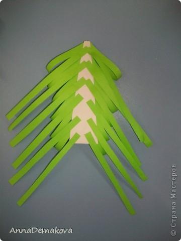 Вот такие елочки мы делали с дошколятами. Детям 5-5,5 лет. фото 10
