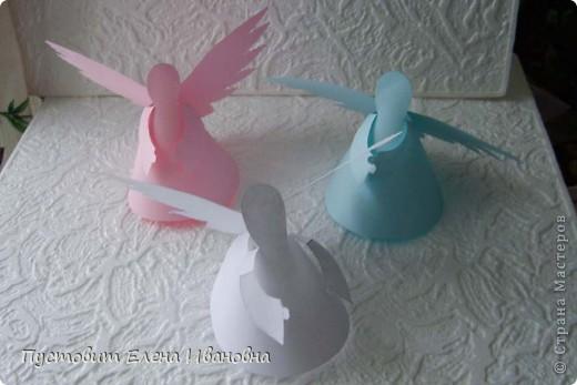 Ангелок из бумажных  кондитерских салфеток :)))  фото 12