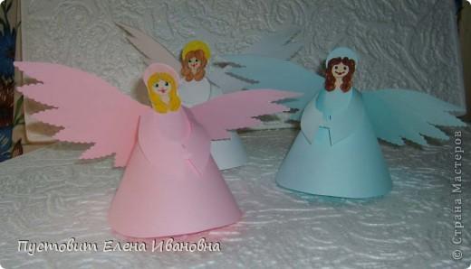 Ангелок из бумажных  кондитерских салфеток :)))  фото 15