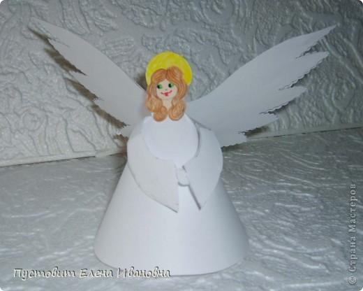 Ангелок из бумажных  кондитерских салфеток :)))  фото 8