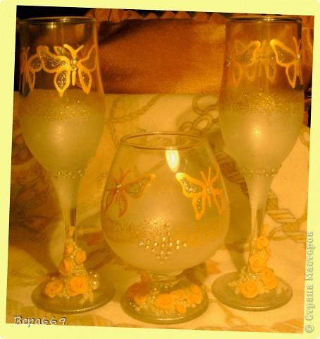 бокалы с бабочками фото 1
