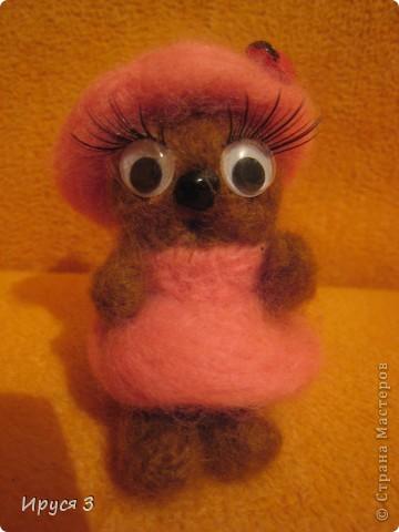 Кошечка - валяшечка (игрушку сваляла моя 8-летняя доченька Маришка ) фото 1