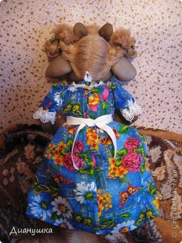 Это моя первая кукла. Сделала ее в подарок. Спасибо огромное Ликме за её подробные МК!Очень мне понравилась Зорька http://stranamasterov.ru/node/9601 вот и решила я вместо Бабы Яги сделать коровку. фото 5