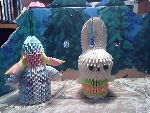 Сделала для младшего сына Снегурку и Снеговика (должны были отнести в садик на конкурс), был и Дед Мороз, но детки учудили и умудрились сломать его. Так вот. Ширму из коробки я сделала..... фото 1