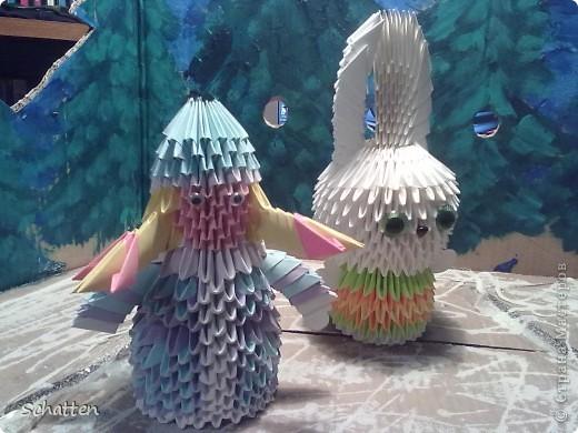 Сделала для младшего сына Снегурку и Снеговика (должны были отнести в садик на конкурс), был и Дед Мороз, но детки учудили и умудрились сломать его. Так вот. Ширму из коробки я сделала..... фото 2