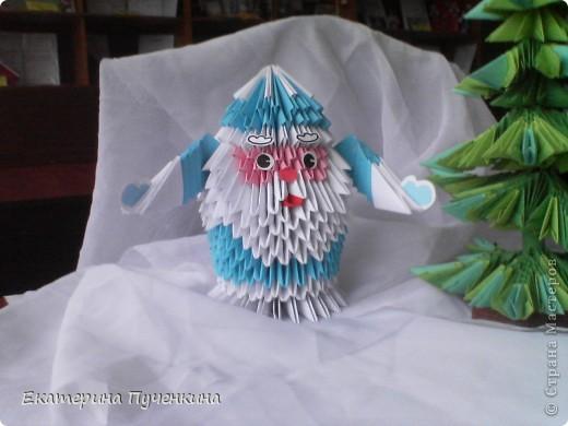 Подсмотрела в Стране мастеров и вместе с детьми сделали Деда Мороза и елочку для украшения классной комнаты фото 2