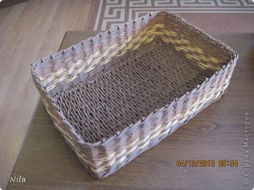Мастер-класс Плетение Плетение квадратной прямоугольной  коробки Бумага газетная Трубочки бумажные фото 28