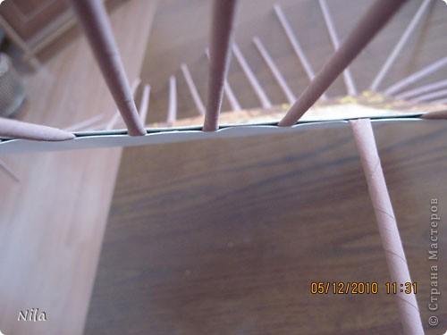 Мастер-класс Плетение Плетение квадратной прямоугольной  коробки Бумага газетная Трубочки бумажные фото 30