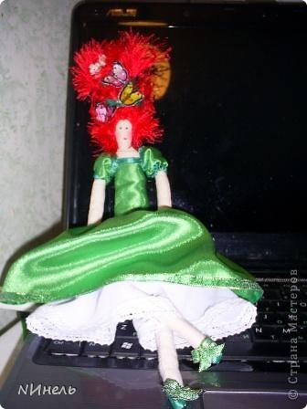 Вот такая ирландская феюшка была сшита в подарок на Новый Год очень жизнерадостному и позитивному человеку, которая обожает Ирландию и здорово прыгает ирландские танцы))) фото 1