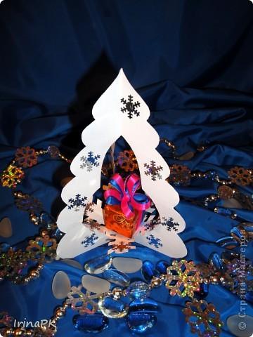 Внутри снежинка - место для подарка-сувенира. фото 8