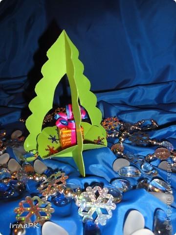 Внутри снежинка - место для подарка-сувенира. фото 3