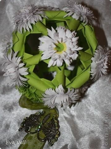 Арабеска с белыми хризантемами фото 3