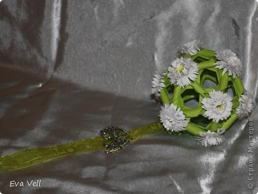 Арабеска с белыми хризантемами фото 5