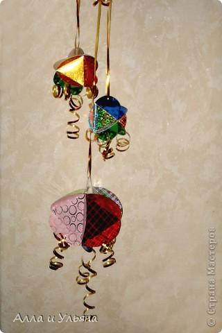 Вот такие объемные шарики мы сделали для украшения к Новому году в Детский сад! фото 2