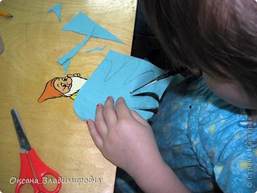 Всем, доброго времени суток!!! Представляю работу моих детишек, с подготовишками  работаем с салфетками, а со старшей группой работаем с цветной бумагой. ВЫРОЖАЮ БОЛЬШУЮ БЛАГОДАРНОСТЬ СВЕТЛАНЕ НОВИЦКОЙ. Светочка спасибо детки все стараются, справляются с таким не простым материалом. Когда захожу в группу дети всегда спрашивают, а какие вы нам принесли салфетки ))) В общим творим по не многу )))  фото 4