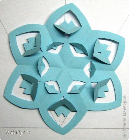 Снежинки-киригами мастер-класс фото 7