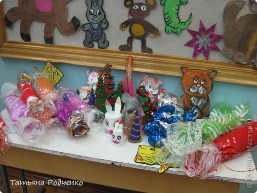 Эти игрушки мы приготовили на городскую ёлку. фото 3