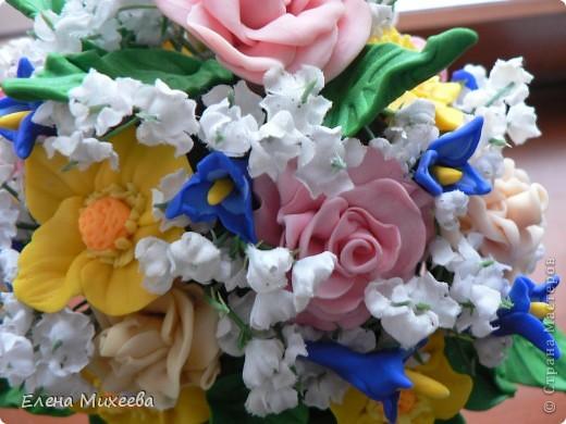 Давно хотела попробовать сделать цветы из пластика. Вынашивала эту идею долго, все ждала подходящего настроения... И вот это случилось!!! Сделала этот букетик за один день! Ну очень захотелось!!! фото 4