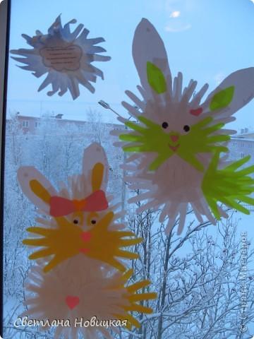"""Этих зайчат смастерили ребята 5-6 лет, путешествуя в Белую сказку. Это были первые два занятия цикла """"разноцветных приключений"""", которые на протяжении этого учебного года ждут детей...  фото 5"""